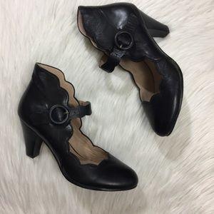 Miz Mooz Black Carissa Scallop Heel Pump 10